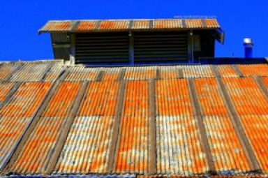 Ngăn chặn mái nhà bị gỉ sắt